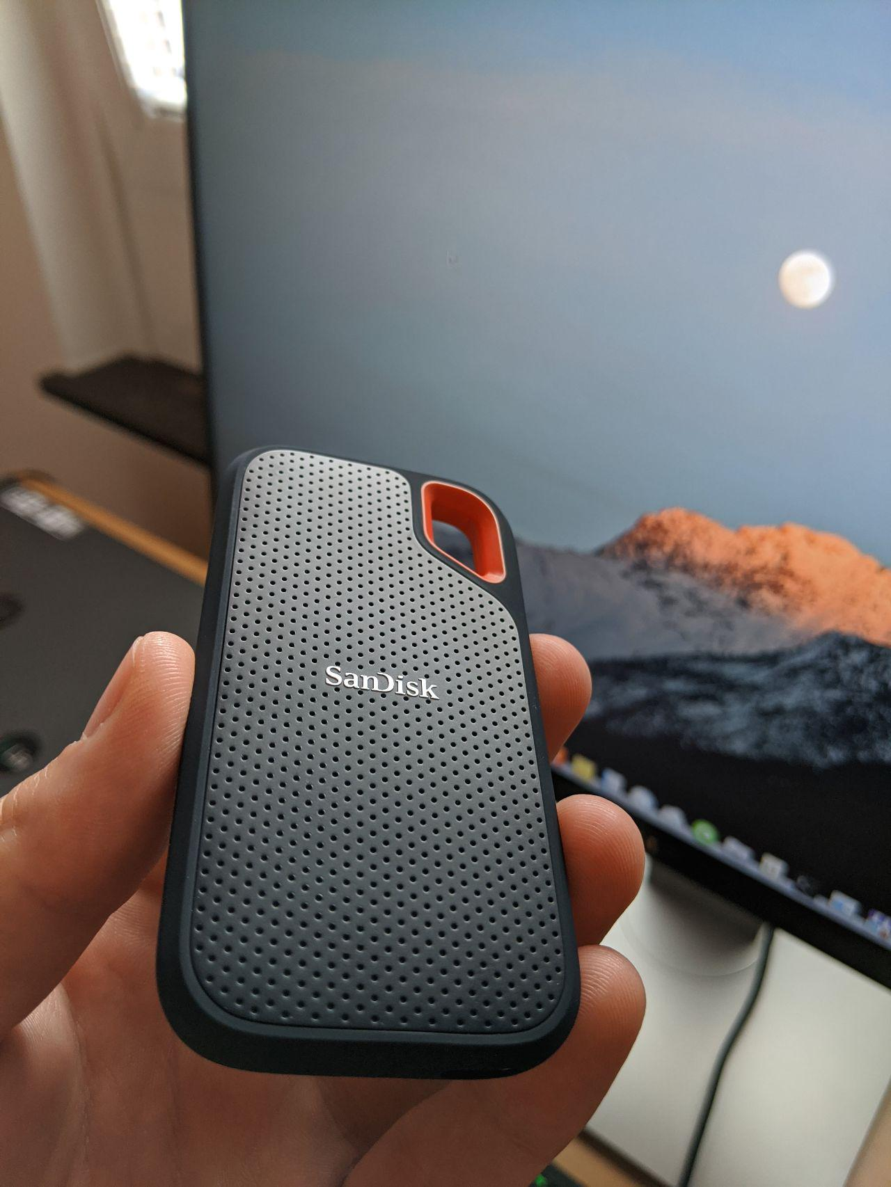Treat Your External Hard Drive As Your Local Cloud